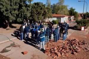 asamblea de trabajadores-votan creacion de fabrica de ladrillos en cutralco